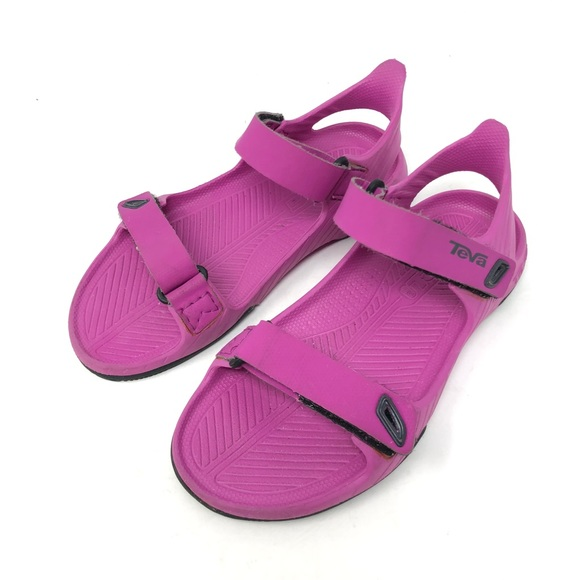 f987e52f94cd Teva Barracuda Berry Water Sports Sandals SZ 12. M 5b73d913b6a94279ab799a6c